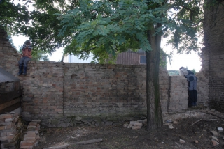 Die Mauer zum Nachbarn