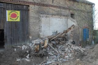 Der kleine Anbau - jetzt ein Trümmerhaufen